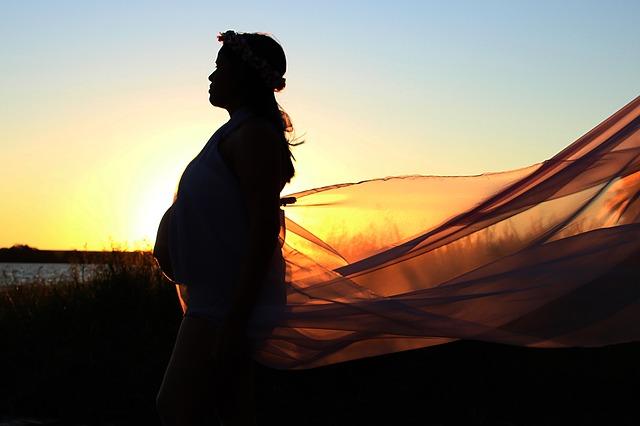 Femmes enceintes, l'hypnose est une solution pour préparer votre accouchement dans la douceur !