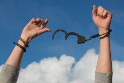 Avez-vous pensé à l'hypnose pour retrouver votre liberté vis-à-vis de votre poids, pour arrêter de fumer ou mieux gérer votre stress !